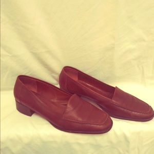 Women's size 10 Bally loafers, brown!!